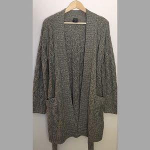 Gap Gray Cable Knit Sweater Wrap